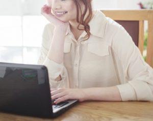 市川海老蔵 小林麻央のブログこころ(KOKORO)に関して、どう思っているのであろうか?ブログの先輩として、最高のアドバイザーをもつ小林麻央のブログ「こころ」から収益は生じるのであろうか!?3