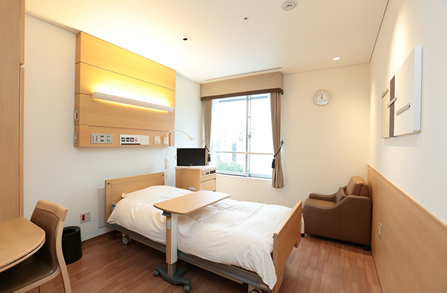小林麻央 再入院の病院判明か病室写真から病院名が特定されつつある。