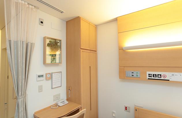 小林麻央 再入院の病院判明か病室写真から病院名が特定されつつある。3