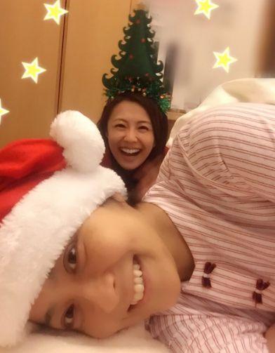 小林麻耶 海老蔵とディズニーランドでクリスマスを家族で過ごしてるのか?