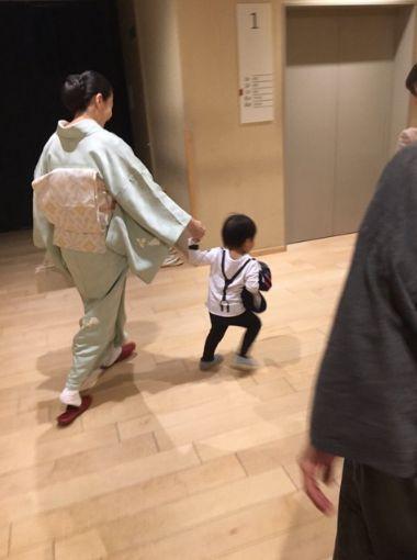 小林麻耶と海老蔵 怪しい写真なんかより、マジに再婚をゆめちゃんの居場所で分析してみた!!