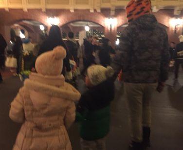 市川海老蔵 小林麻耶とディズニーでクリスマス!写真で判断できる!